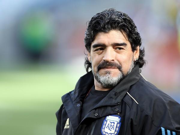 Най-успешният български футболист Христо Стоичков също отдаде почит на великия