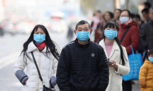По следите на вируса: Експерти на СЗО на пазара в Ухан