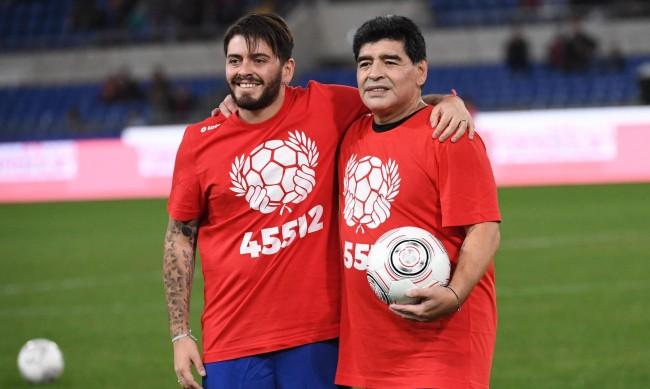 Син на Марадона научил за смъртта на баща си от журналист