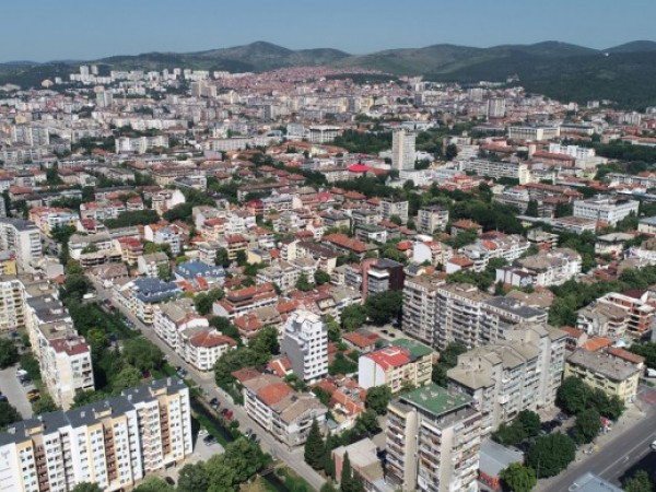 Община Стара Загора организира дежурството на една детска градина в