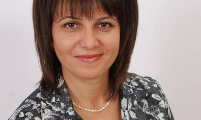 Депутат от БСП: Трябваше методика за преподаване в е-среда