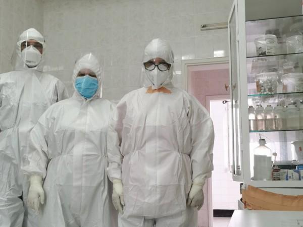 Основният проблем на двете болници в Троян е заболелият и