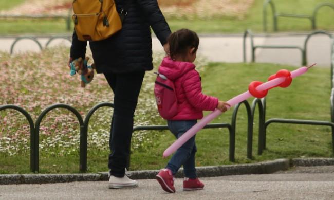 Програмата за детегледачки удължена до 2023 г.