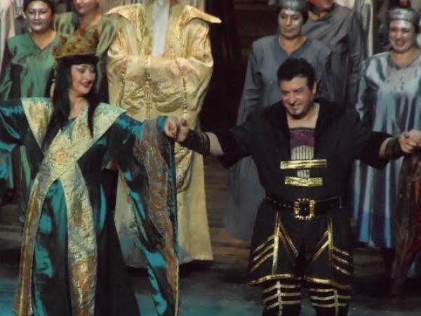 Световноизвестният оперен певец Камен Чанев е починал от коронавирус, съобщи