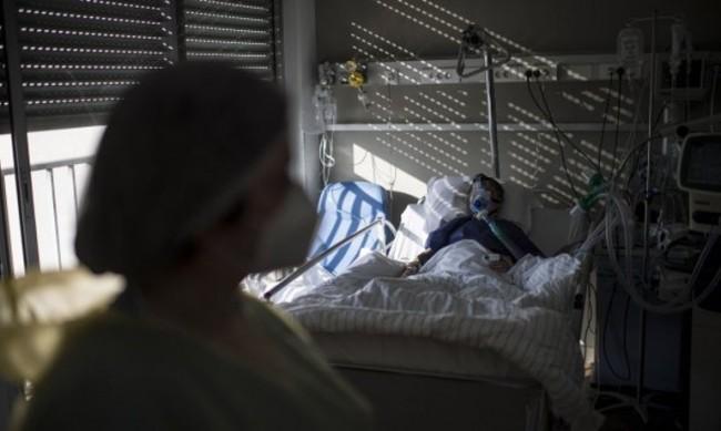 Франция отчита спад на заразените, облекчава мерките