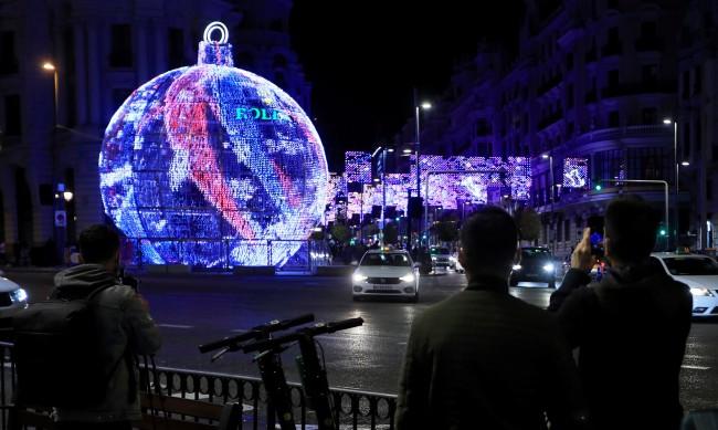 На Коледа в Испания: Без партита, на службите – без пеене