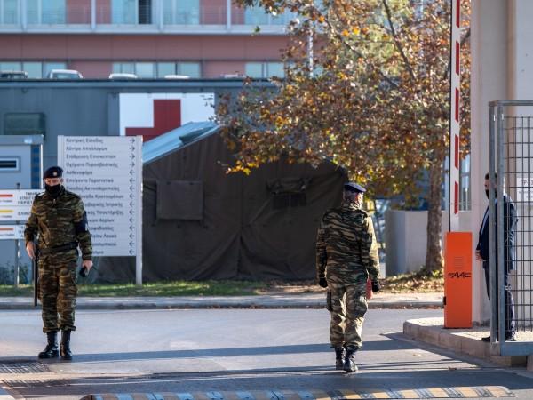 Прогнозите за намаляване на заразените с коронавирус в Гърция засега