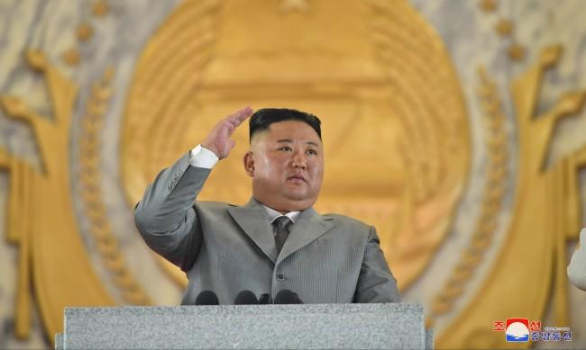 Ким Чен Ун реагира с ярост и екзекуции на кризата, причинена от COVID-19