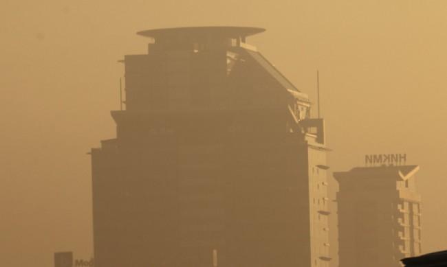 За пореден ден дишаме мръсен въздух в София