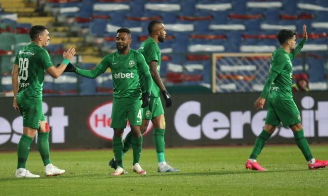 Лудогорец с труден успех срещу Ботев Враца след гол от засада