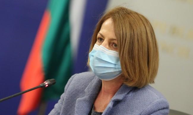 Фандъкова: Продължава контрола на РЗИ по магазините