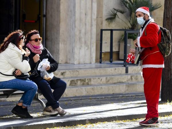 Италианците ще трябва да празнуват Нова година на закрито, защото