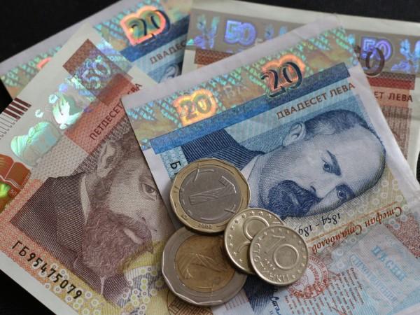 Разходи и дефицити - изпълним ли е новият Бюджет 2021?