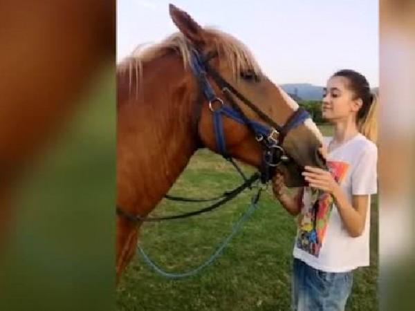 Отказват лечение на 22-годишно момиче от Пазарджик с генетично заболяване