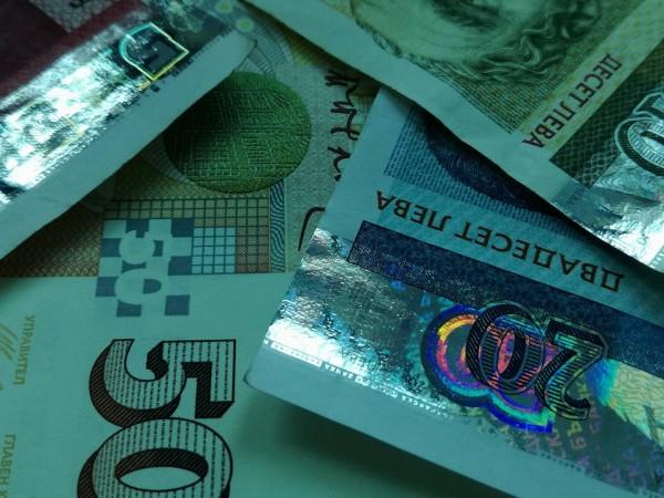 Оборотите на бизнеса от сделки в страната отбелязват значителен ръст
