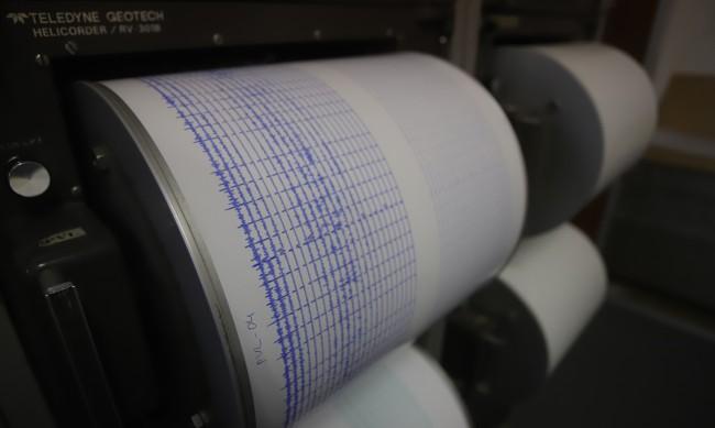 Земетресение от 3,9 по Рихтер разлюля Скопие