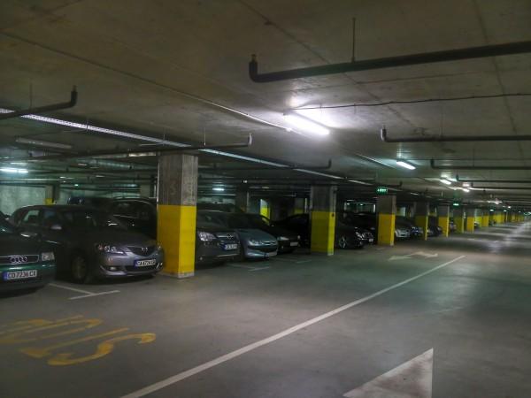 На 3 и 4 декември буферните паркинги към станциите на