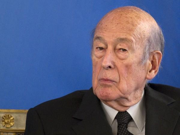 Бившият френски президент Валери Жискар д'Естен почина на 94-годишна възраст