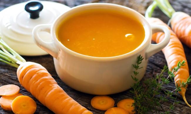 Рецептата Dnes: Крем супа с моркови и къри