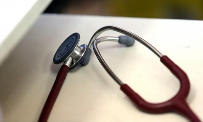 Едва 7 от 31 медсестри останаха на работа в Свищов