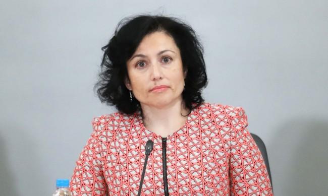 Танева: Вярвам на кмета на Бургас, водна криза няма да има