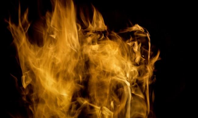 Мощна експлозия разтърси рафинерия в Дърбан