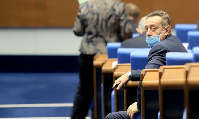 Националният съвет на БСП изключи от партията Иван Иванов