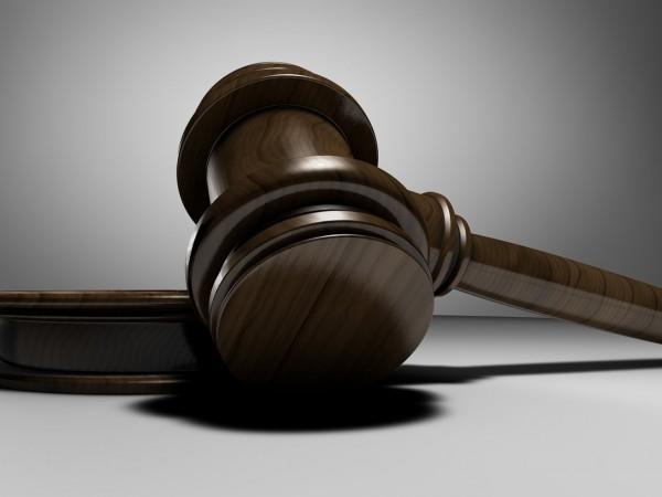 Окръжният съд във Варна решава дали да остави в ареста