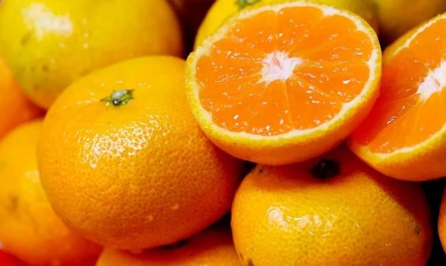БАБХ спряла най-много мандарини и пчелен мед на границите
