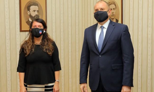 """Радев разговаря с Херо Мустафа за """"Три морета"""""""