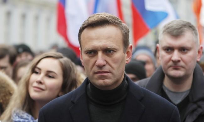 Осветлиха агентите, които опитали да отровят Алексей Навални?