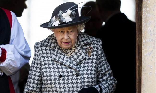 Ще се ваксинира ли 94-годишната кралица Елизабет II срещу COVID-19?