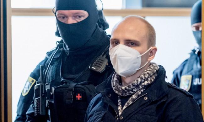 Атентаторът от Хале получи присъда доживотен затвор