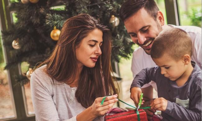 ЧЕЗ към клиентите си: През празниците ползвайте електронните канали за контакт