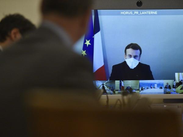 Френският президент Еманюел Макрон вече не проявява симптоми на COVID-19