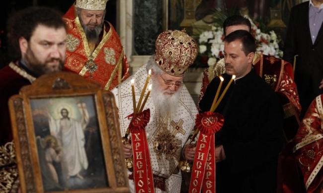 Църквата чества Събор на пресвета Богородица