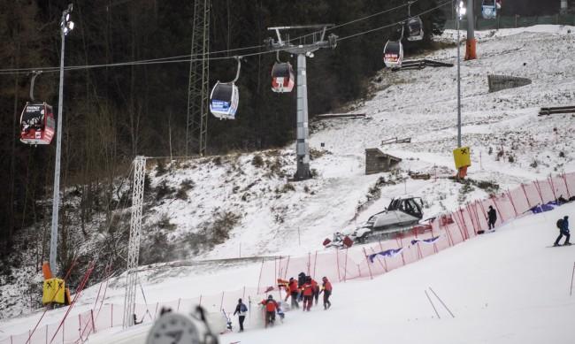 Наплив на туристи в австрийски ски курорти през почивните дни