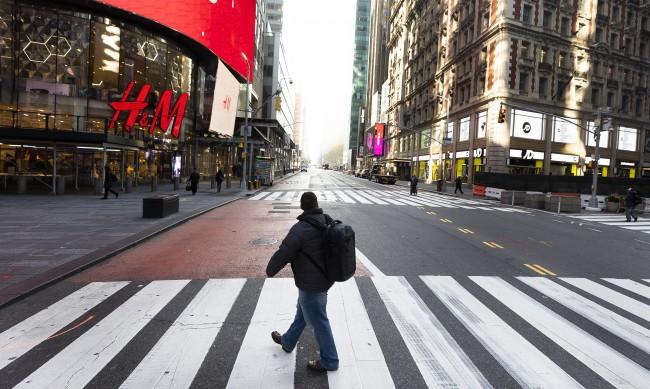 """В Ню Йорк откриха първи случай на """"британския"""" щам на COVID"""