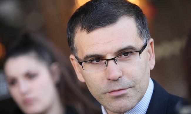 Симеон Дянков от Капитолия: Има армия и полиция