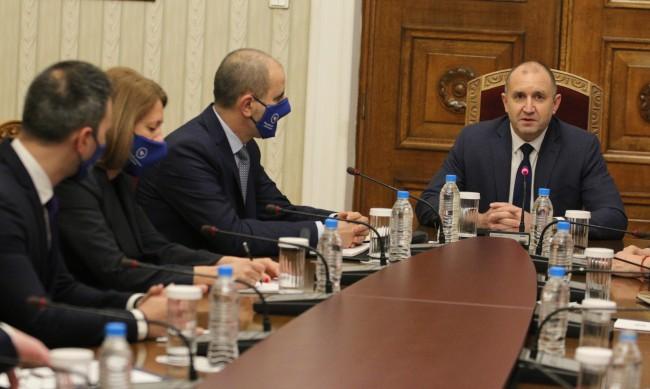 Консултации при Радев: Цветанов предложи румънски модел за изборите