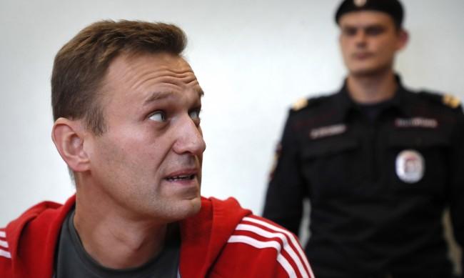 Навални: Блокирането на Тръмп в Twitter e неприемлив акт на цензура