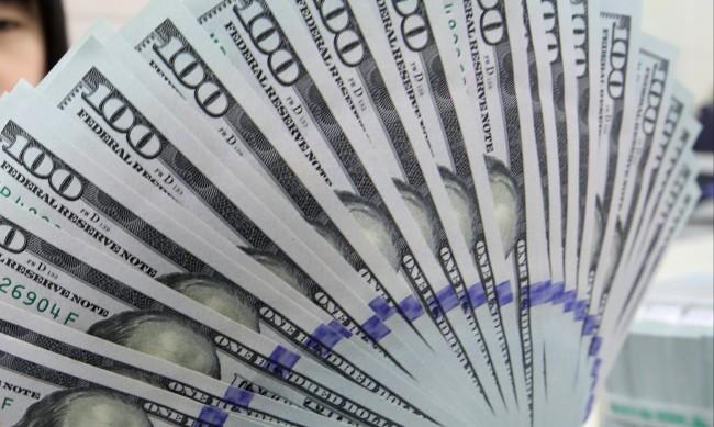 На американците парите не им стигат отдавна, защо?
