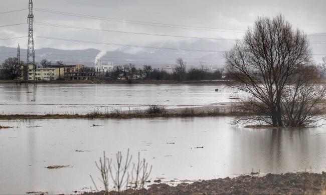 Частично бедствено положение на три места във Врачанско