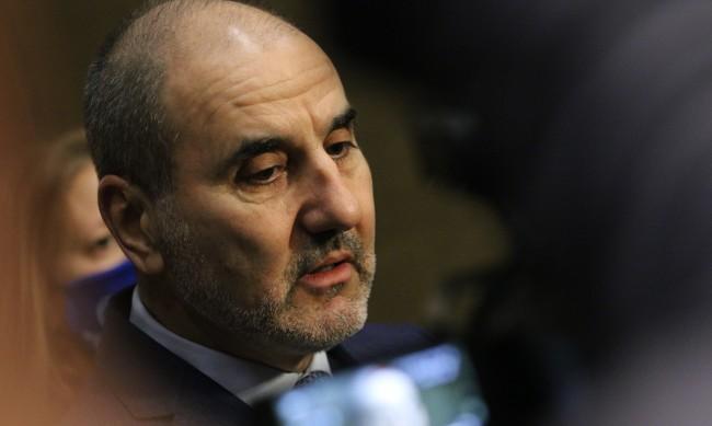 Цветанов: Има ясна симбиоза между ГЕРБ и ДПС