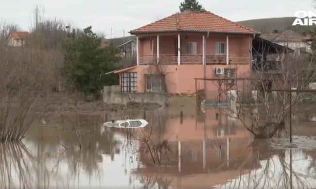 До 1,7 метра е достигнала водата в бургаски села