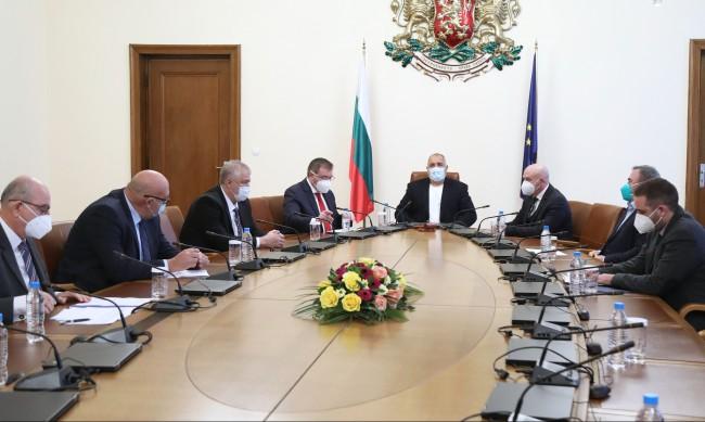 Борисов разпореди: Данните са добри, пускайте плановите операции