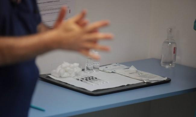 24 имунизирани в Сандански без право, ваксините можело да се върнат