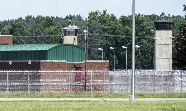 Осъдените на смърт в последния си път - кои са Кори Джонсън и Дъстин Хигс?