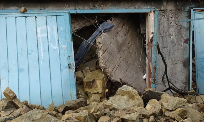 Премахват незаконни гаражни клетки в девет столични района