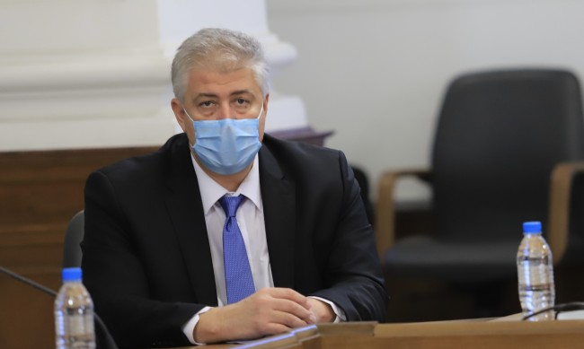 Проф. Балтов: Масовото ваксиниране може да започне в края на март